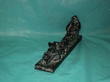 Vintage . The Wolf Sculptures Eskimo and Dog Sled Figurine