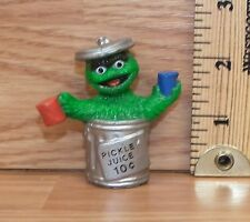 "Muppets Sesame Street ""Oscar the Grouch"" Pickle Juice 10c Pvc Figure Only *Read*"