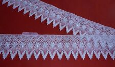 2  metres  of Stunning   White   Guipure  Lace      9.50 cm   Wide