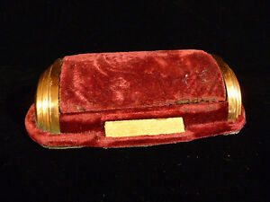 VINTAGE ELCO WATCH COMPANY ART DECO VELVET WATCH BOX – CIRCA 1940