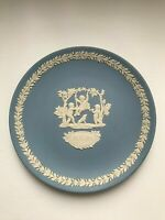 Wedgwood Jasperware Blue Mother plate 1982  in excellent condition .