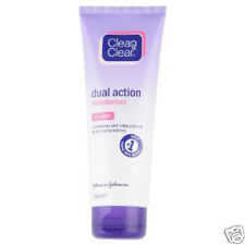 Clean & Clear Dual Action Moisturiser Oil Free Prevent Spots and Blemishes 100ml