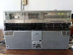 Sharp GF-555E Ghettoblaster Boombox Doppio Lettore Cassette Rétro Vintage 1980s