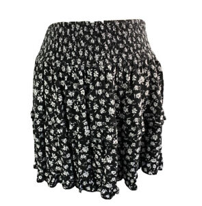 Small L.A. Hearts Black White Pull On Floral Skirt Ruffle Rayon Junior Women's