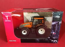 Universal Hobbies 1/32 Valtra T Series 2008 Tractor Orange/Grey No42201996 MIB