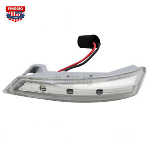 Left Side Mirror Turn Signal Light For Chrysler 08-16 Town & Country 68052079AA
