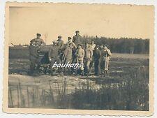 Photo soldats avec pelle-DCP-travail service 2.wk (f203)