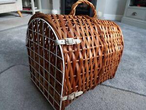Vintage Wicker Cat/Small Dog Carry Transport Basket