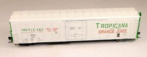 Red Caboose #RR-34812-03 R-70-15 Mech. Reefer Tropicana #233 1/87 HO Scale