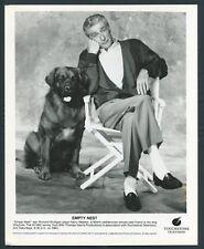 RICHARD MULLIGAN in TV Empty Nest '89 GOLDEN RETRIEVER DOG