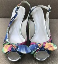 Naturalizer Indeed Hadley Peep-Toe Slingback Pump Floral with Bow US 9M