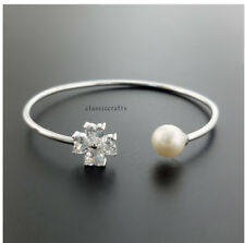 Genuine 8-9mm drop freshwater pearl in solid 925 silver bangle with 4CZ White