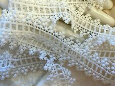 """Vintage Venis Lace Rayon 1.5"""" Trim White Scallop 1yd Dyeable Made in USA"""