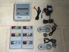Super Nintendo Konsole komplett mit 2 Controller + 1 Gratis Spiel