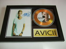 AVICII  SIGNED  GOLD CD  DISC 211