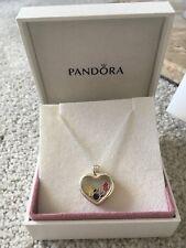 Nuevo Genuino PANDORA Corazón Medallón flotante con encantos de Disney L RRP £ 175