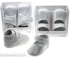 BNWT babys white ivory Girls or boys satin look Christening party baptism shoes
