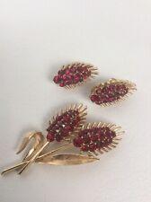 Vtg Crown Trifari Red rhinestone gold tone pin brooch Clip Earrings Set