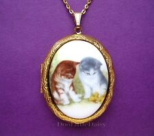 Costume Jewelry Locket Pendant Necklace Darling Porcelain 2 Kittens (Cats) Cameo