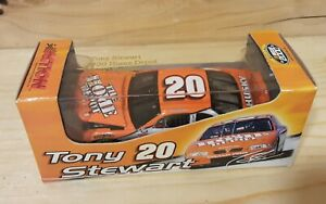 Tony Stewart #20 Home Depot NASCAR 2000 Action Die cast 1:64 Stock Car