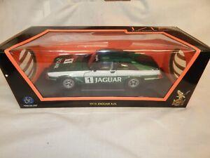 ROAD SIGNATURE 1975 JAGUAR XJS RACING #1 GREEN WITH WHITE STRIPE 92658 BNIB 1:18