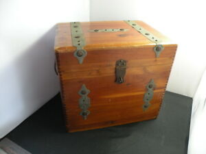 """Vintage Ceder Wood Chest Box 12"""" x 11"""" x 9"""" Lidded Jointed for restoration"""