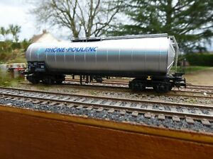 """Wagon citerne de la SNCF """"Rhone Poulenc"""" de la marque Jouef ref 661900 HO"""