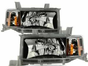 For 2004-2005 Scion xB HeadLights HeadLamps Black/Clear Driver & Passanger Side