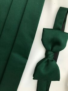 Vintage Frederick Theak Green Adjustable Pre Tied Bow Tie and Cummerbund Set