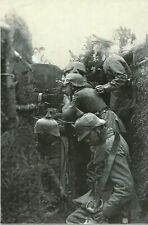 WW I German   Photo  **   Soldiers & Machine Gun    **