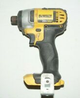 DeWalt DCF885 20-Volt Max 1/4 in Cordless Impact Driver FOR PARTS NOT WORKING