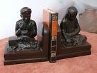 serre livres en bronze chinois patiné Asie décor de lettré fin XIX siècle Chine
