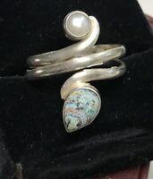 Vintage Southwestern Sterling Silver Ring Navajo 925 Handmade Pearl Pears Wrap