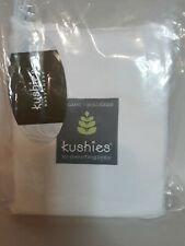 """Kushies Organic/Biologique Change pad fitted sheet with slits for straps 17""""×33"""""""