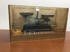 VINTAGE GOLD & PHARMACY WEIGHING SCALE DISPLAY WOODEN CHEST BOX