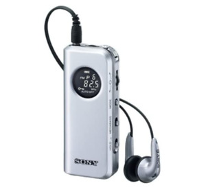 Sony FM Stereo/AM Pocketable Radio M 98 Silver SRF-M 98/S
