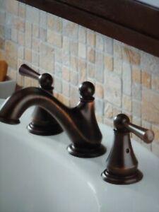 Delta 35999LF-RB Venetian Bronze Haywood Two-Handle Lavatory Faucet #D22
