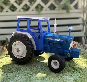 Britains Farm Vintage Ford 7000 Tractor Conversion Like Fordson