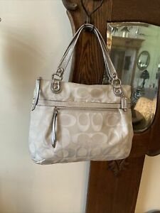 COACH SIGNATURE Silver & Cream Sateen XL Tote Shoulder Handbag 18979