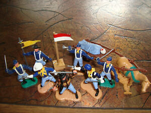 !!! ORIGINAL TIMPO TOYS - UNION SOLDIERS N EXCELLENT CONDITIION !!!