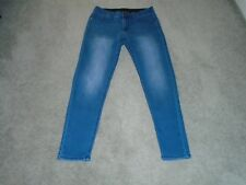 Baccini Elastic Waist Band Ankle Jeans Size 6