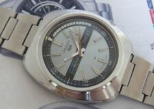 Rare Vintage Seiko 5 Sports original dial cal.7019 Automatic 21 Jewels Watch