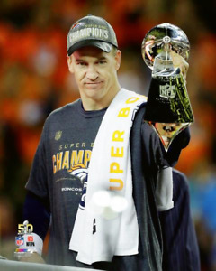 PEYTON MANNING Holding LOMBARDI TROPHY 8X10 PHOTO Super Bowl 50 CHAMPIONS