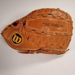"""Wilson The A2000-XL 12.5"""" Outfielder Baseball Softball Glove Mitt RHT Japan GUC!"""