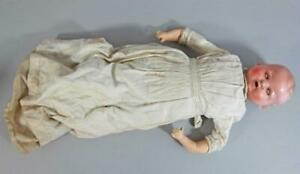 BEAUTIFUL VINTAGE / ANTIQUE GERMAN DOLL Marked W G with ORIGINAL CLOTHES goebel