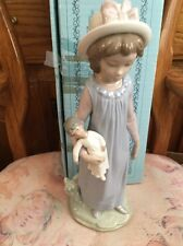 LLADRO 5045 Belinda with Her Doll Retired! Original Blue Box! Mint Condition!