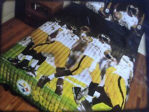 "NFL 3pc Comforter Quilt / Sham Set, Twin/Full, 72"" x 86"", Pittsburgh Steelers"