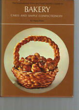 B0006W6BBE The International Wine and Food Societys guide to bakery: Cakes and