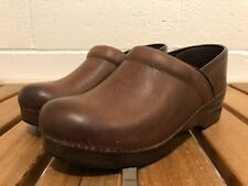 Dansko Professional Burnished Nubuck Brown Leather Closed Clogs EUR 37 (6.5-7)