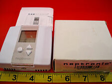 Neptronic Nf Tro5404 Room Programmable Controller Thermostat V.202 24vac Nib New